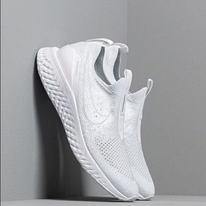Nike - Epic Phantom React Flyknit Sneakers (White)